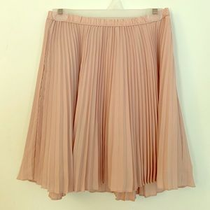 Banana Republic pink ruffled skirt sz 6 😍